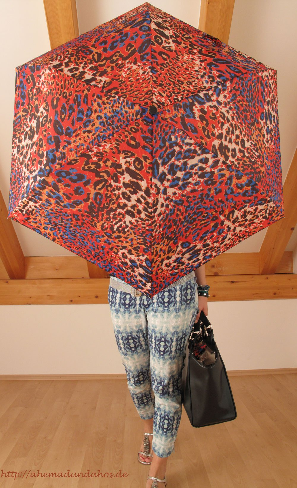 Schluppenbluse_umbrella