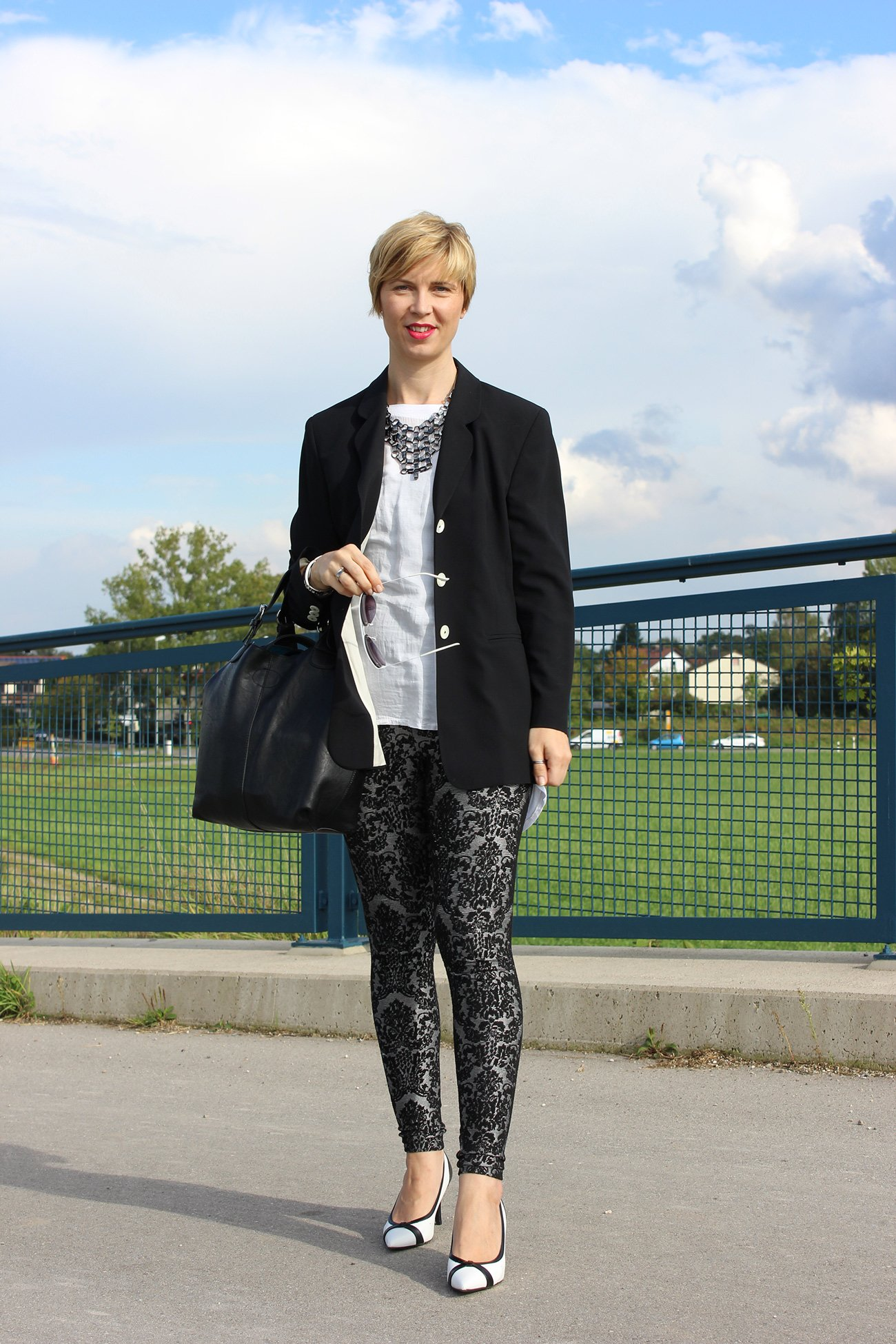 IMG_1550a_Only_blackandwhite_Legging_pumps_Deichmann