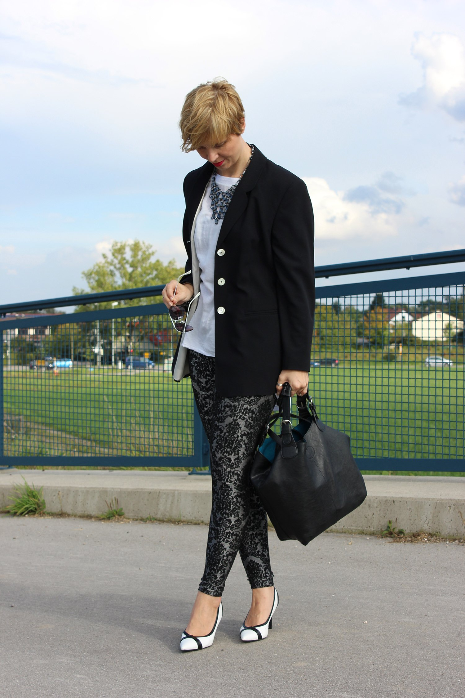IMG_1554a_Only_blackandwhite_Legging_pumps_Deichmann