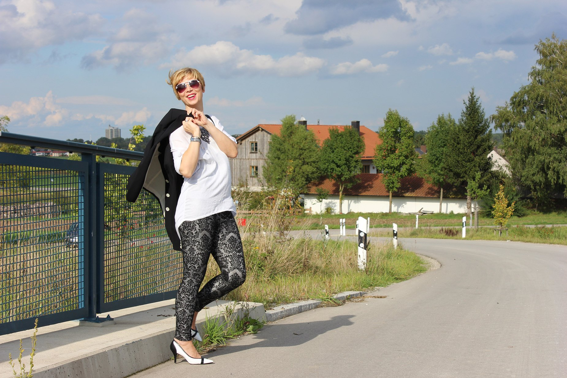 IMG_1617a_Only_blackandwhite_Legging_pumps_Deichmann