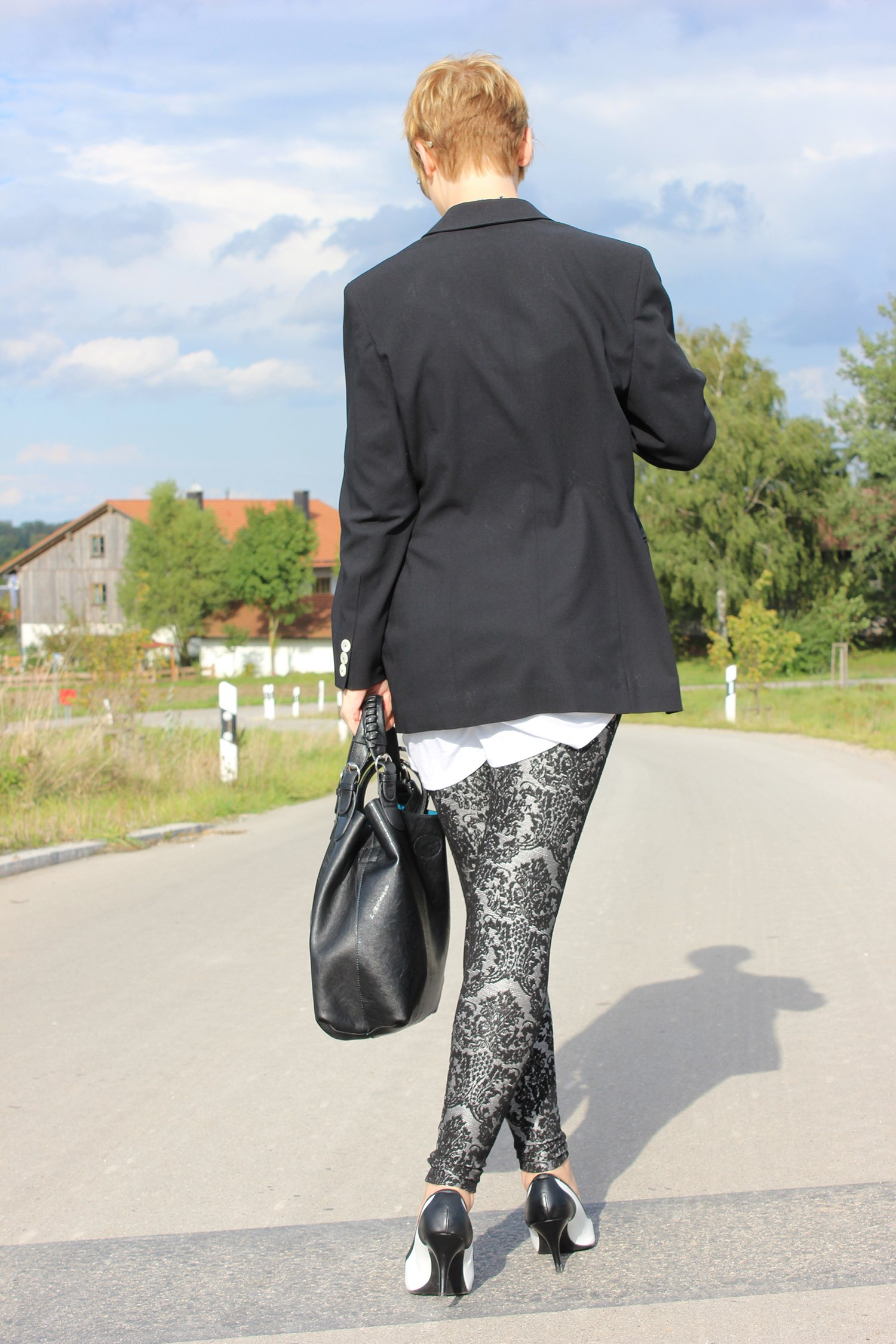 IMG_1636a_Only_blackandwhite_Legging_pumps_Deichmann