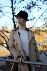 IMG_3592a_Camouflage_Hose_Mango_Trench_Chanel_RichandRoyal_blackandwhite_Booties_Stiefeletten