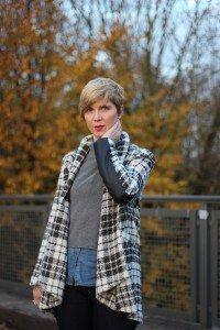 IMG_4021a_NYDJ_Jeans_Coat_Dune_Booties_