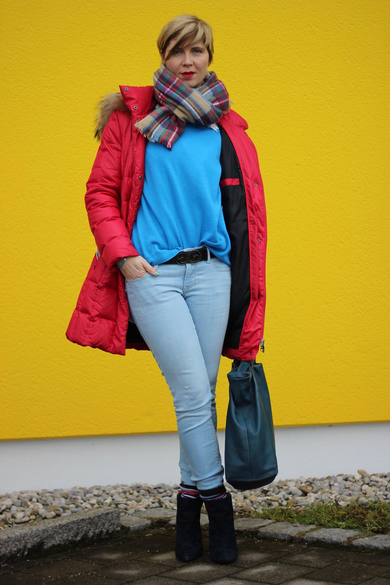 IMG_8191a_Blau_Blue_Schumacher_OldNavy_Pulli_Jeans_Booties_XXLSchal_