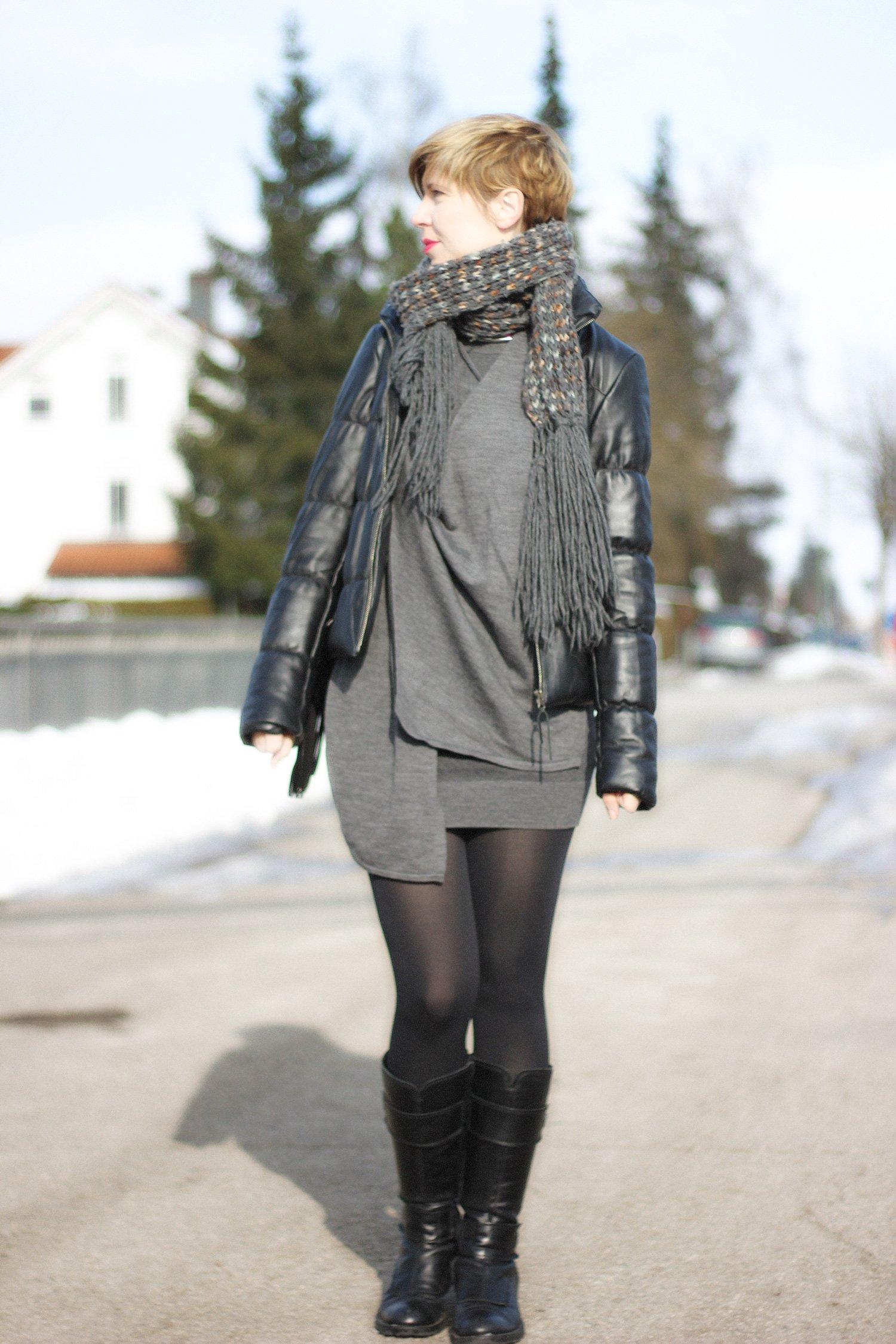 IMG_9500a_Allsaints_Strickkleid_Dress_Stiefel_GeoxII