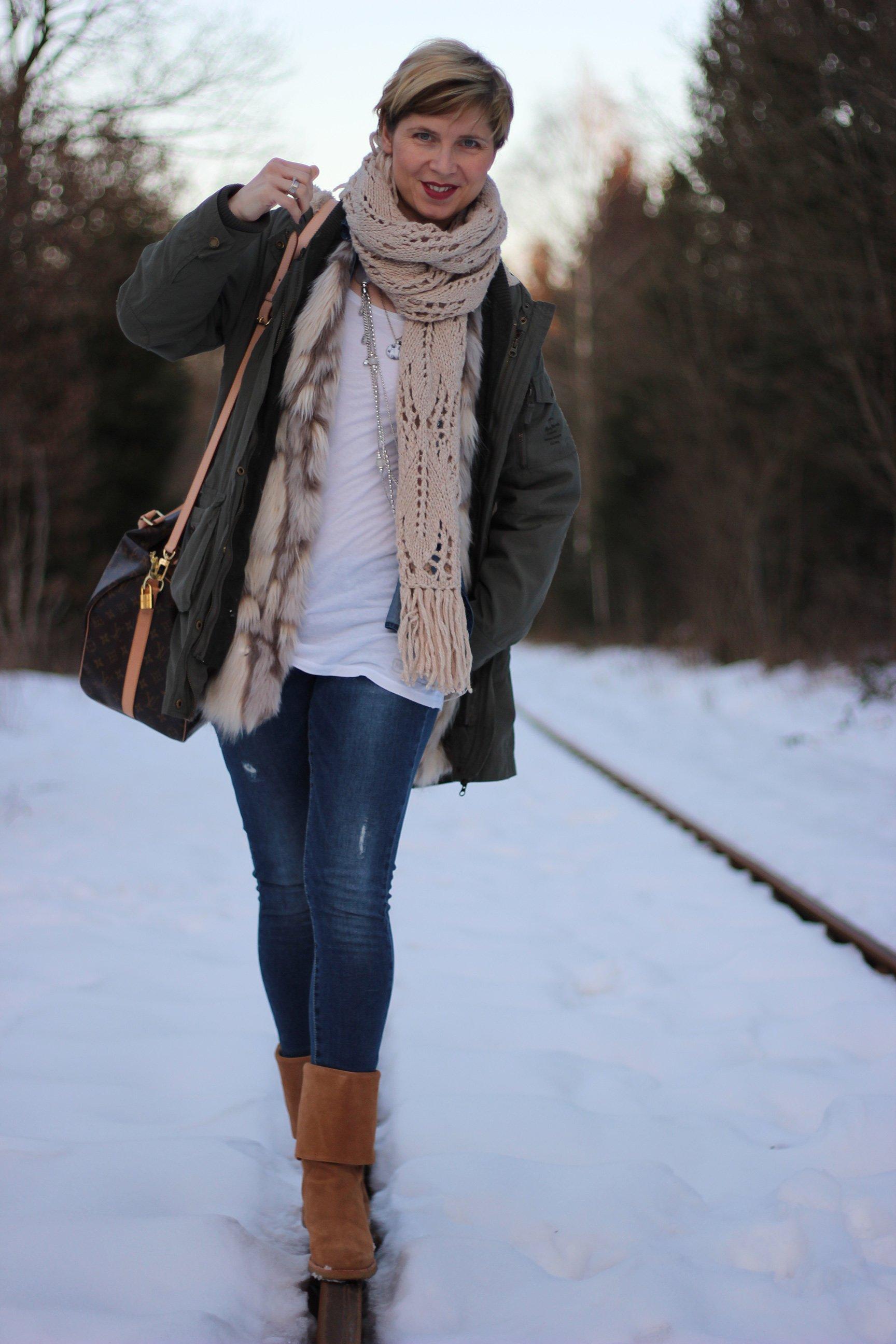 IMG_9898a_OnlyJeans_FakeFurCream_MarcoPolo_UGGs_Winter