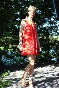 IMG_7217a_Zara_Haengerchen_orange_PaulGreen_Sandale_AhemadundaHos_Fashion_Mode