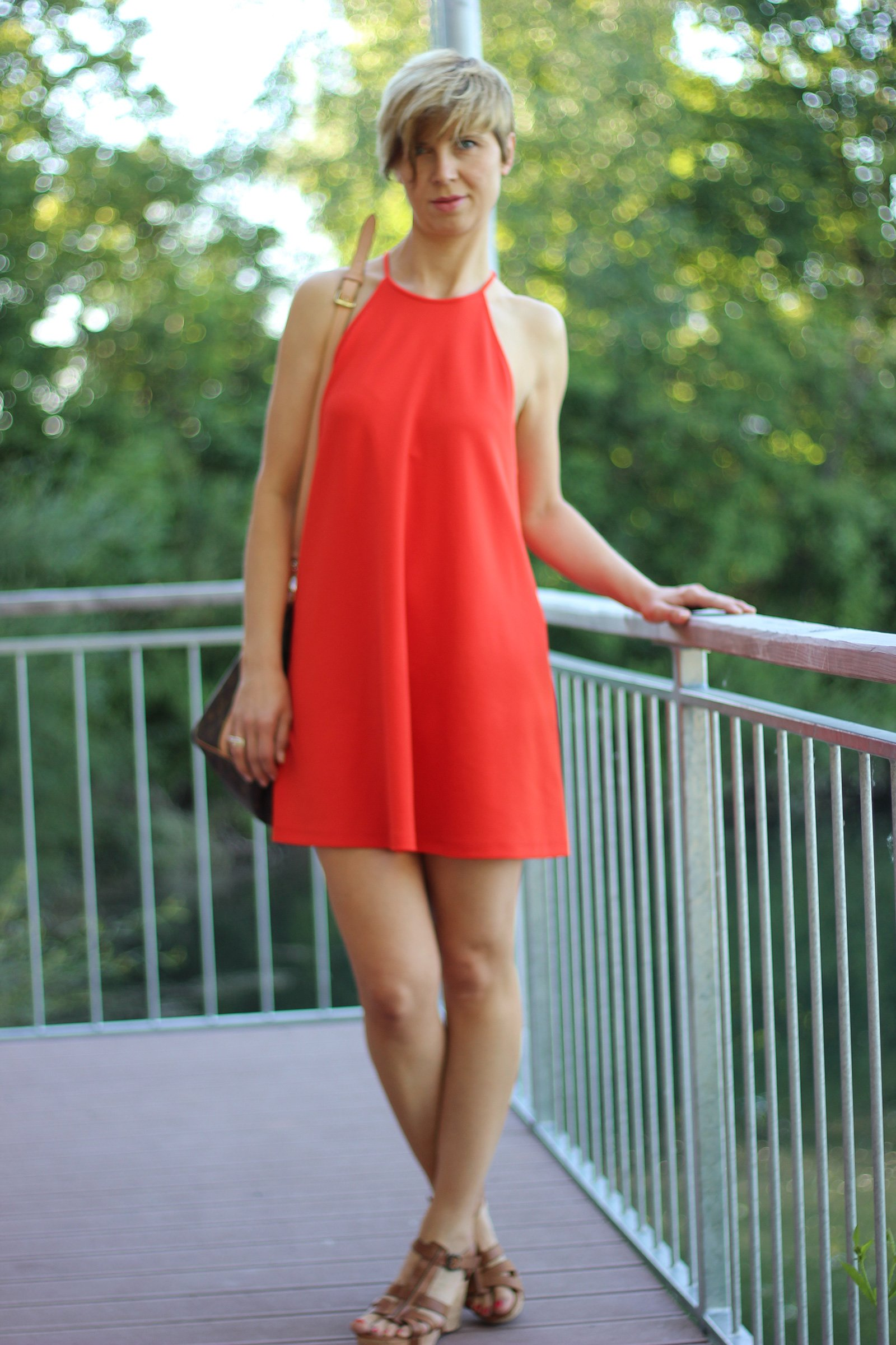 IMG_7247a_Zara_Haengerchen_orange_PaulGreen_Sandale_AhemadundaHos_Fashion_Mode