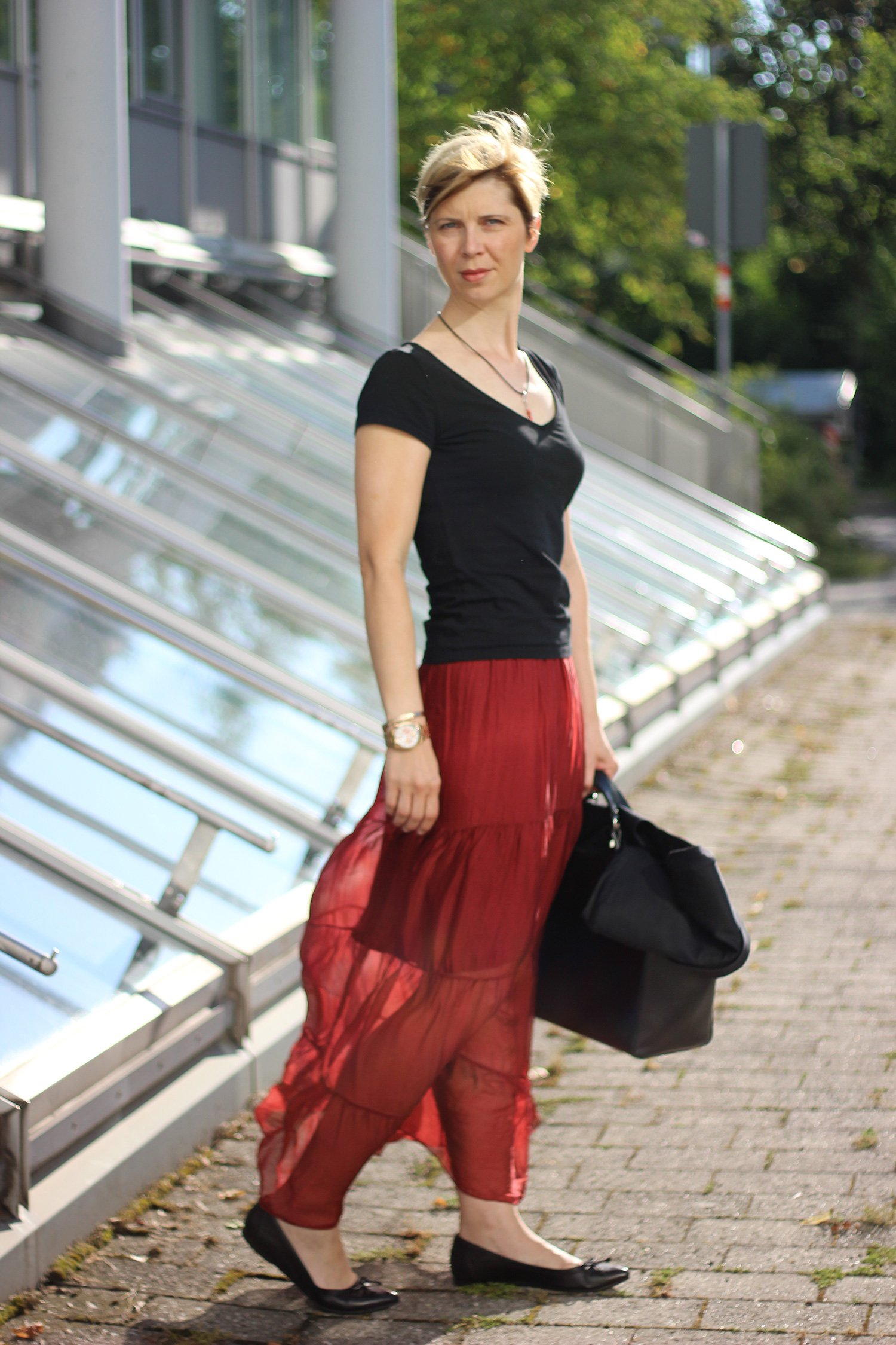 IMG_7744a_Maxirock_PaoloCasalini_Sommerbürooutfit_Officelook_Sommer_Seide