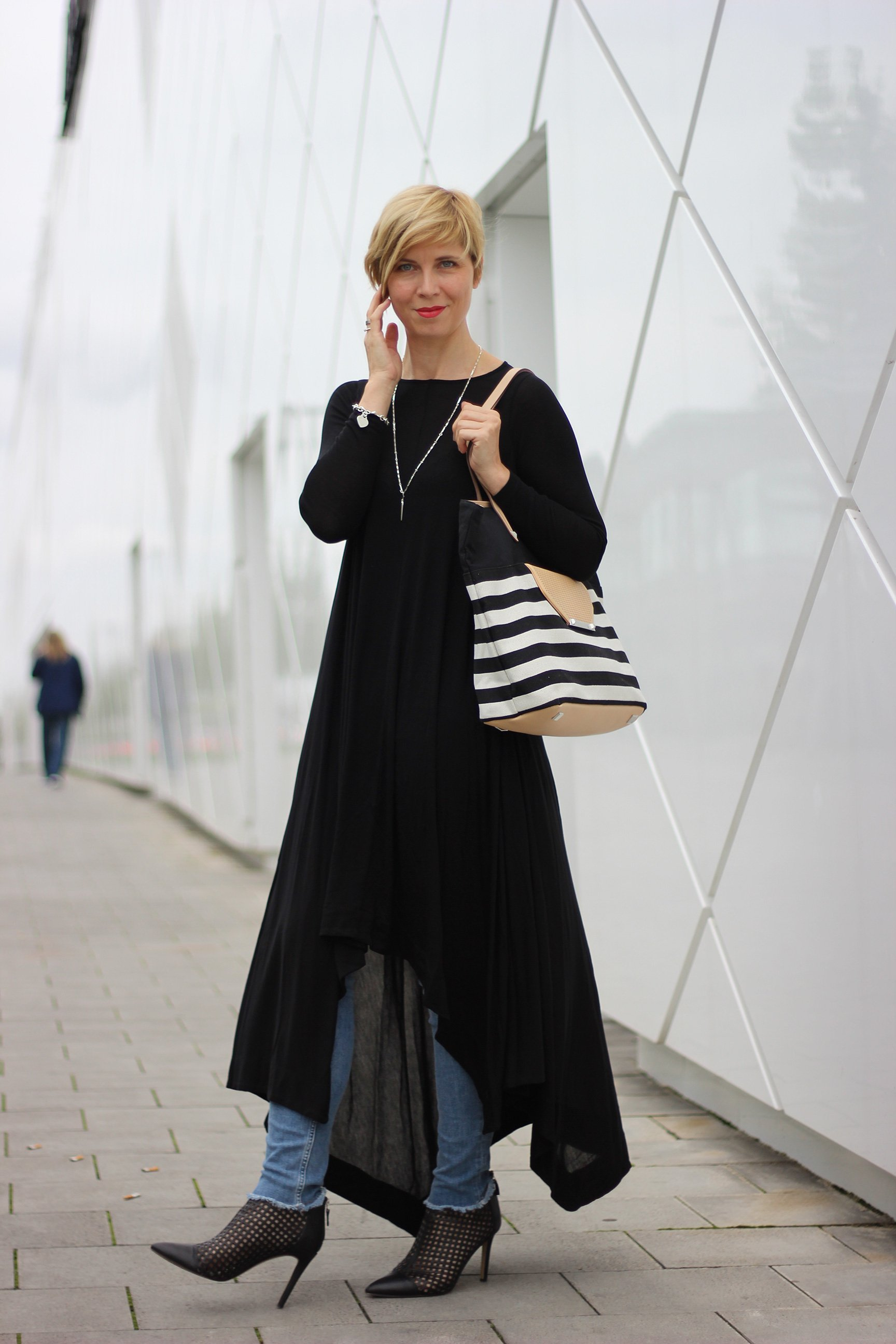 IMG_1283a_Jersey_Dress_Cos_SkinnyJeans_AllSaints_BrunoPremi_AnkleBoot_Stella&Dot_DressandJeans_ConnyDoll_AHemadundaHos