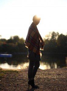 IMG_3479ab_OnlyJeans_WindsorWeste_Herbst_Karoschal_Blau_Bimbaylola_Pulli_Conny_AHemadundaHos