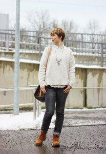 IMG_3165a_MarcoPolo_beige_Bluse_Zara_Pulli_redNails_Stella&Dot_Kette_graue_Jeans_Only_Dockers_Daunenjacke_Doma_