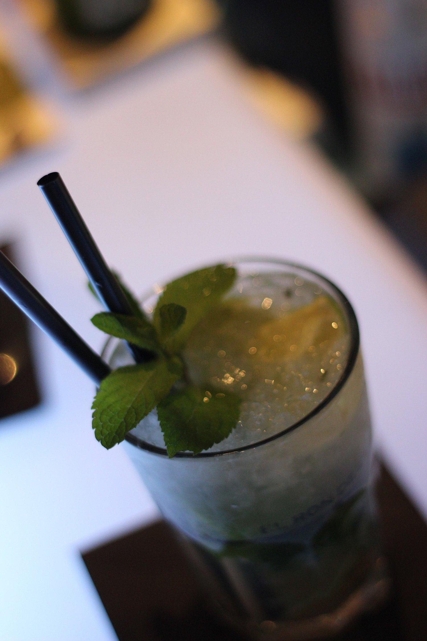Radisson Blu - Cocktails an der Bar