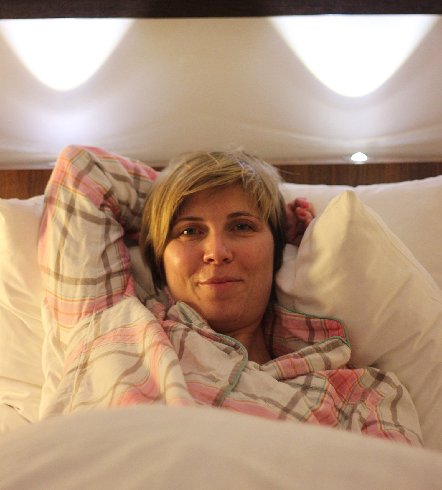 Radisson Blu - Conny im Bett