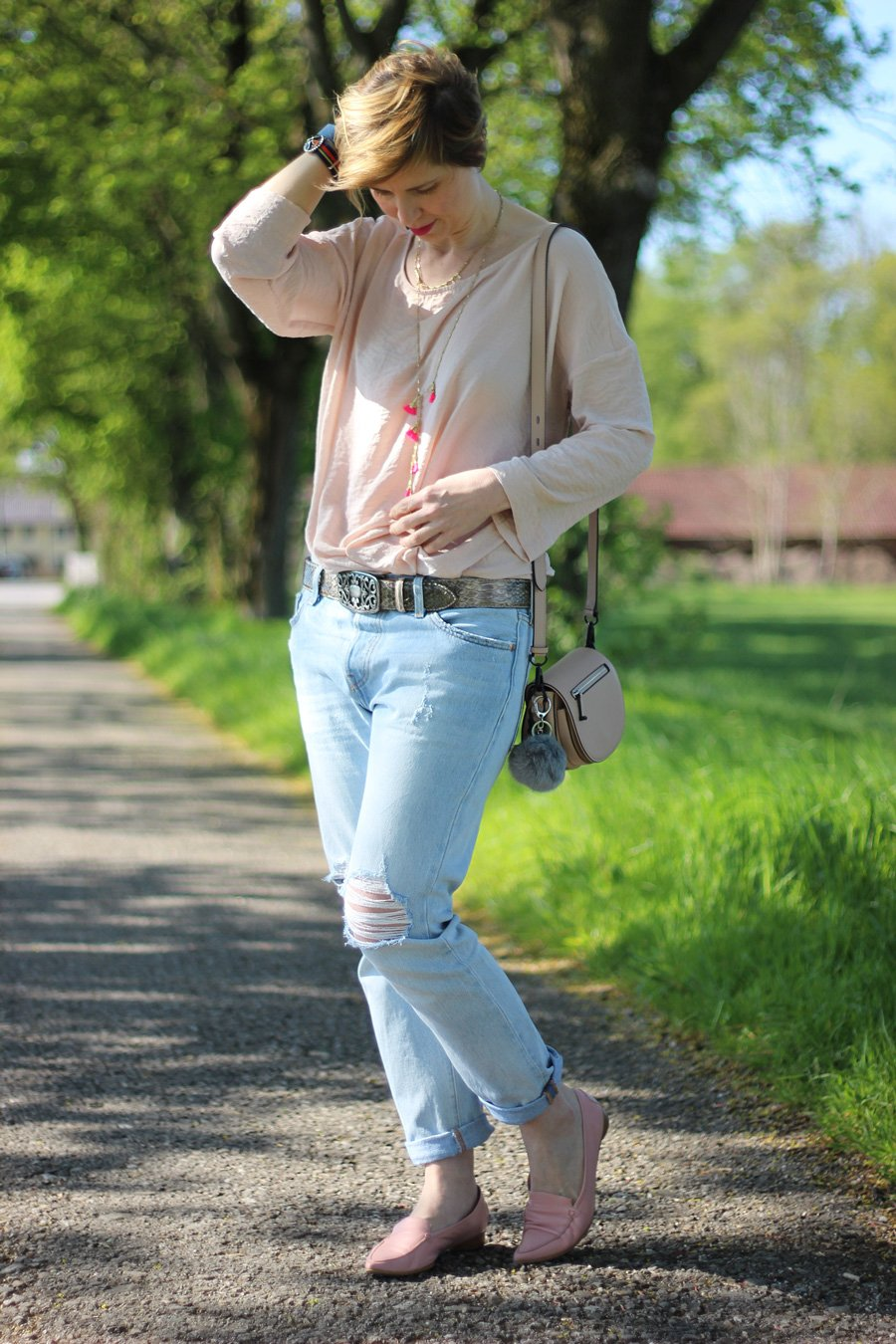 zerrissene Levis501, destroyed, Jeans, Rose, Bluse, Esprit, Reptiles House, Loafer, Rebecca Minkoff, Stella&Dot, Conny Doll