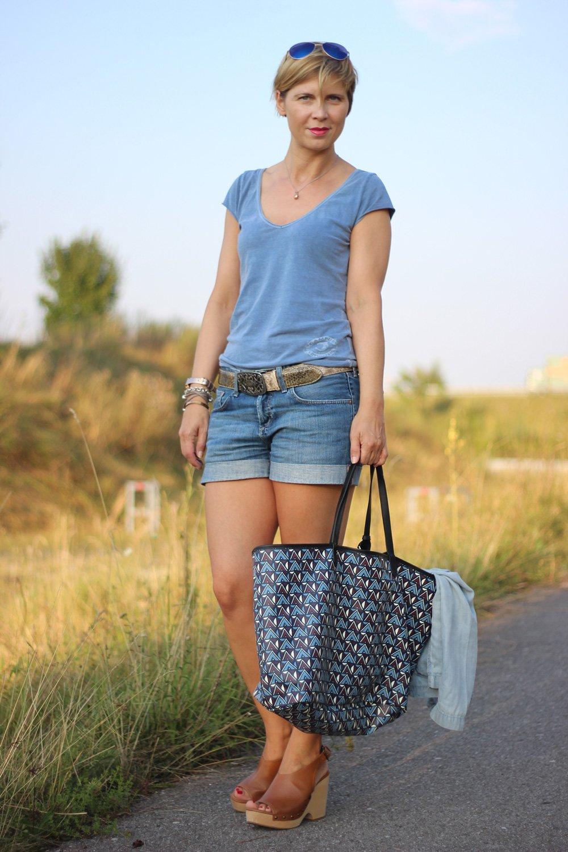 Denim-Shorts, Denim-Blazer, Reptileshouse, Gürtel, Conny Doll, Marc O'Polo, Blau
