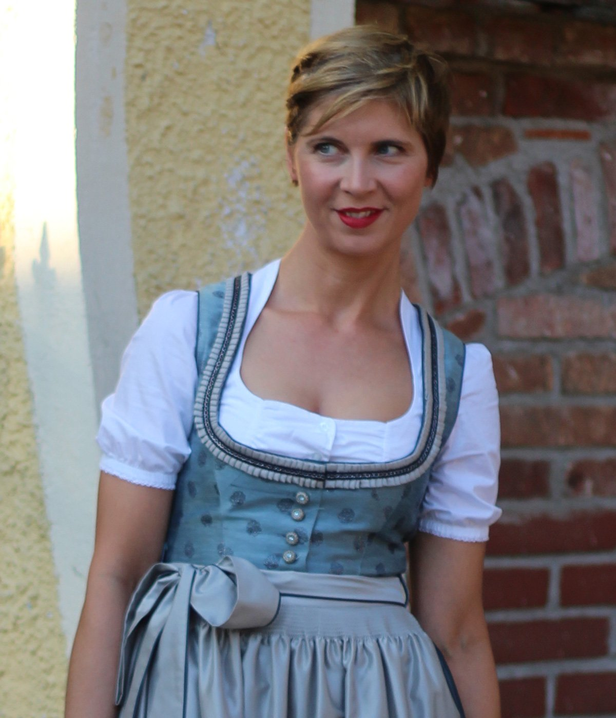 Dirndl, Melega-Fashion, Bayern, Wiesn, Oktoberfest, München, Conny Doll, Fashionblog, Outfitblog