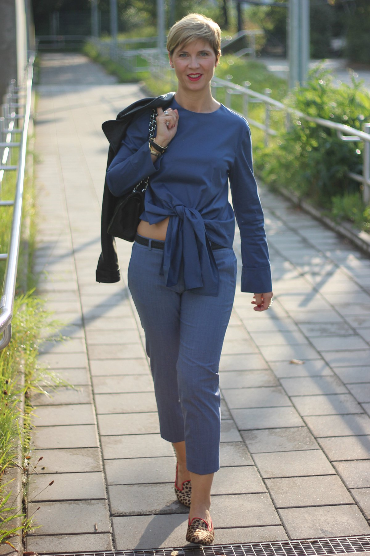 Boulangerie Bleue, Conny Doll, Cafe Reitschule Muenchen, Getraenk, franzoesische riviera, event, blau, outfit, fashionblog
