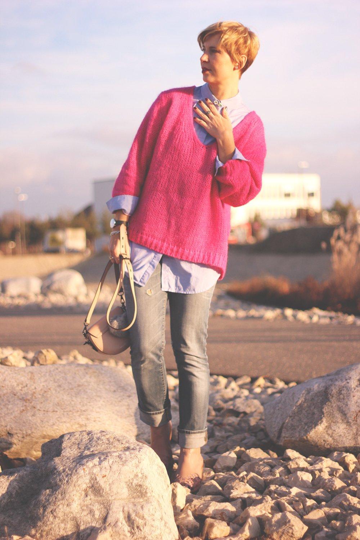 Grobstrickpullover, pink, Blouson, Bluse, hellblau, Rebecca Minkoff, Cowboystiefel, Conny Doll