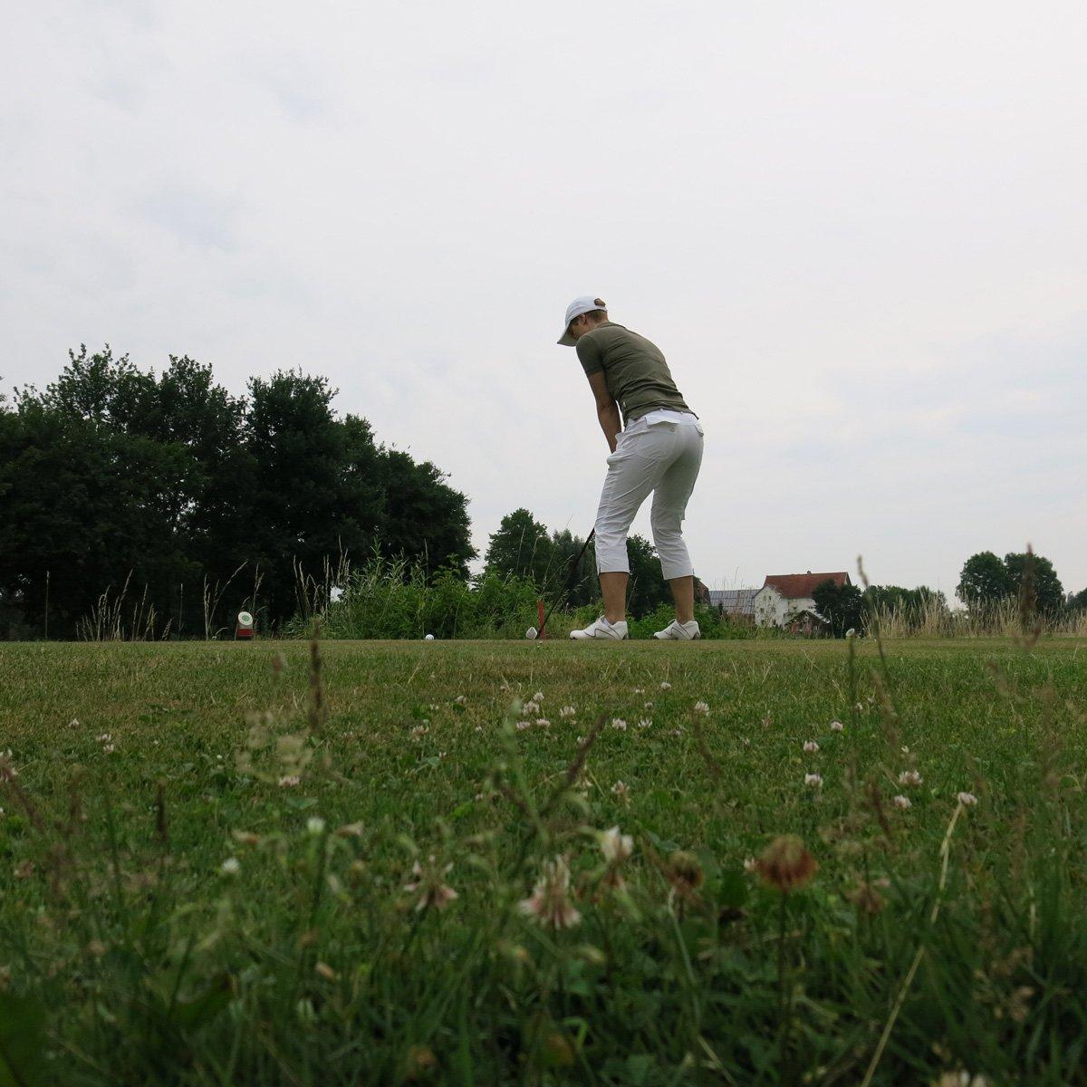 Golfclub Sagmühle, Conny Doll spielt Golf, Ansprechposition, Abschlag