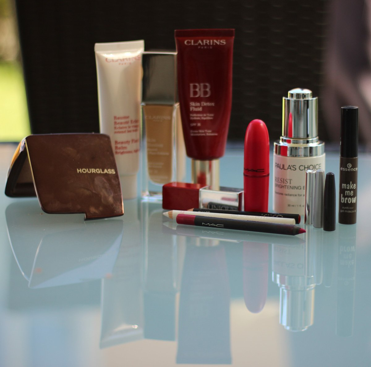 Makeup-Routine, tägliches Makeup, BB-Cream, Flash-Balm, Kosmetik