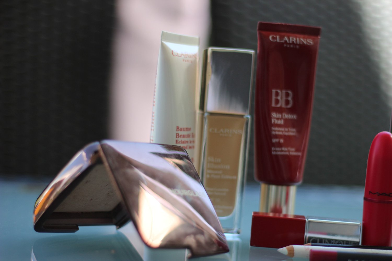 Makeup-Routine, tägliches Makeup, BB-Cream, Flash-Balm, Kosmetik