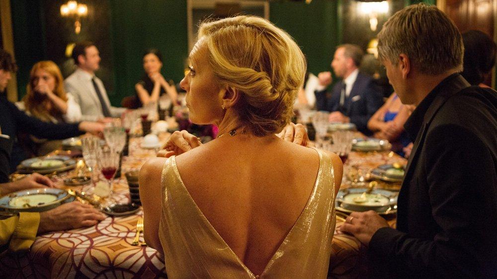 Filmausschnitt: Toni Collette in ihrer Rolle als Anne in Madame - Film von Studiocanal November 2017