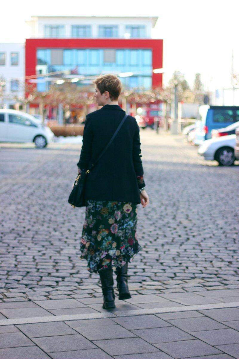 Conny Doll Lifestyle: Der Wunsch nach einer Gürteltasche, Chloé, Lexa, Zara, Kleid, Long Blazer, Boots, Stilmixl, Spitze