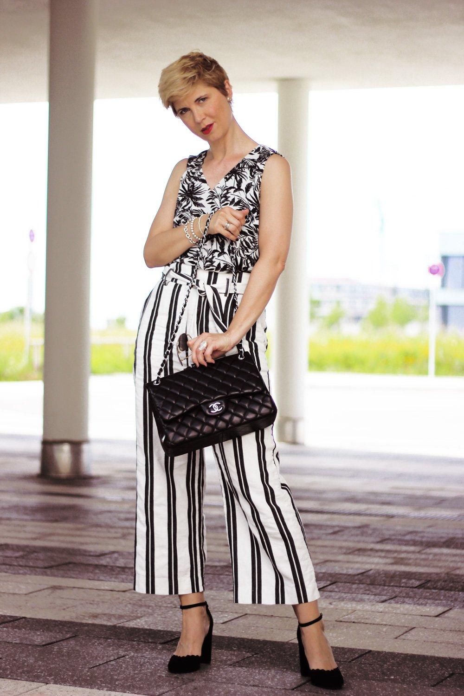 Conny Doll Lifestyle: Wie style ich den Mustermixtrend, Blumen, Streifen, schwarz-weiß, Bloggeraktion, Modeflüsterin, black and white,