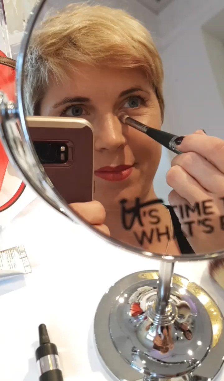 Conny Doll Lifestyle: Event in Hamburg Launch der Kosmetikmarke it-cosmetics