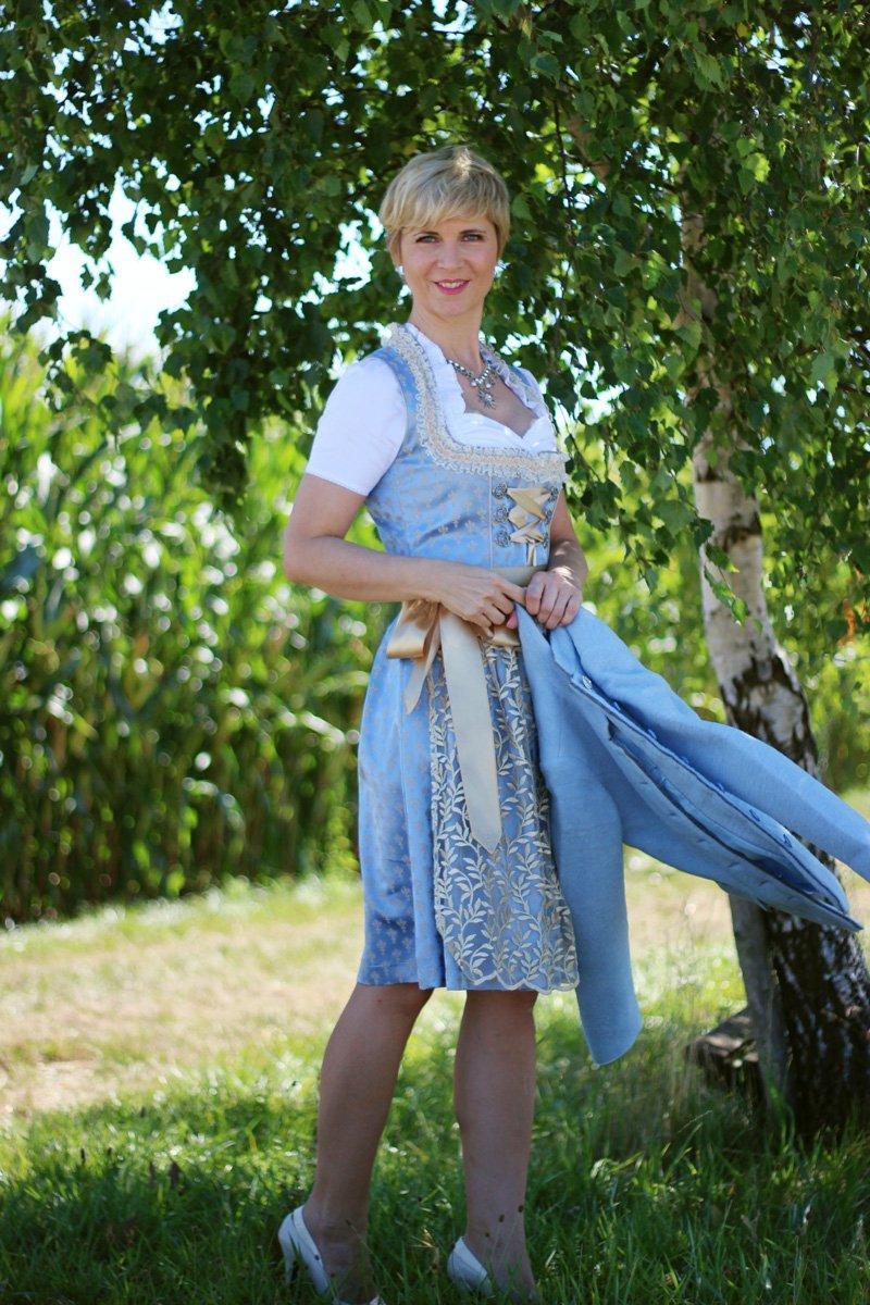 Volksfeste in Bayern, Tischreservierung auf der Wiesn - mein