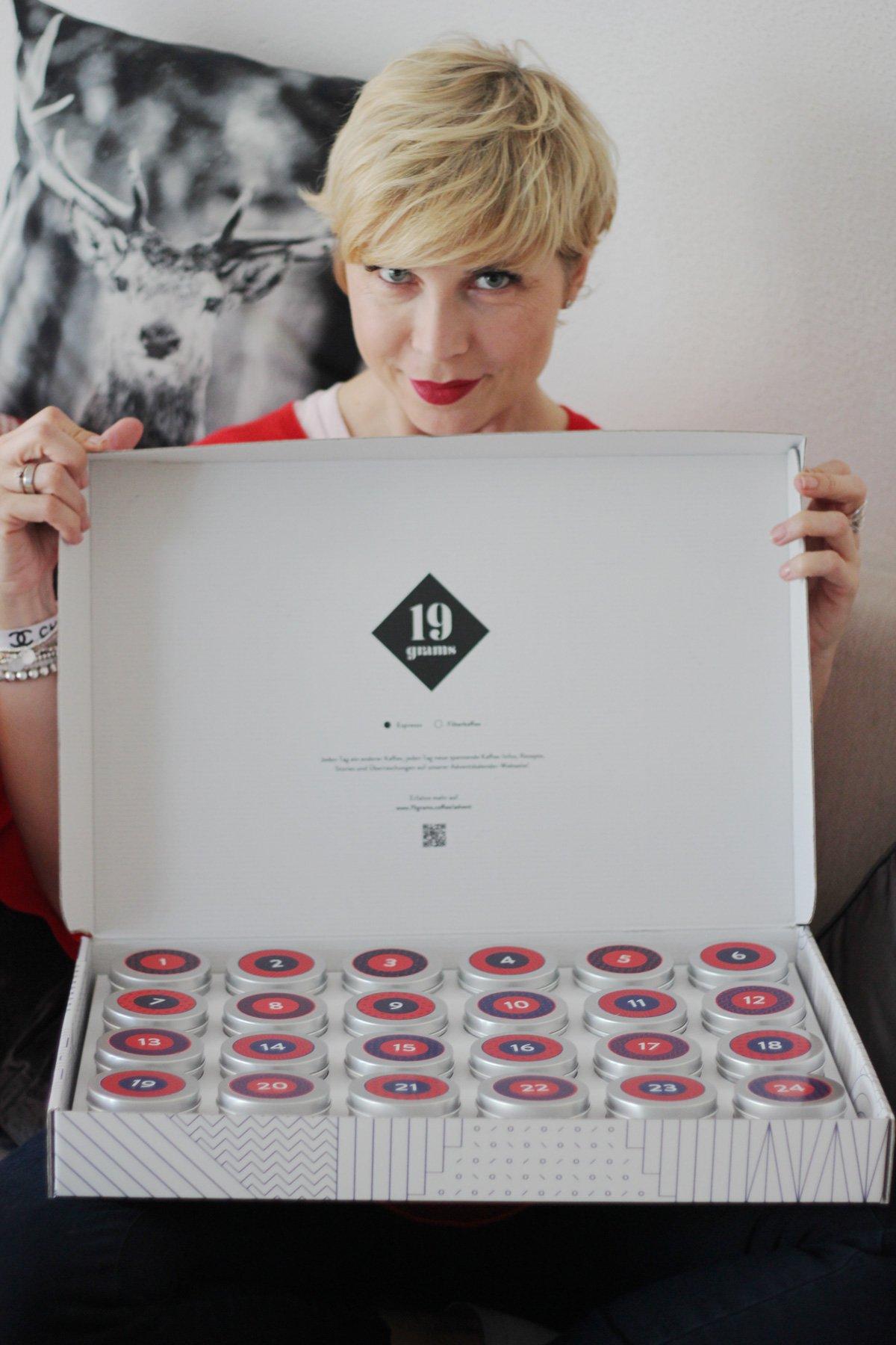 Conny Doll Lifestyle: Ich bitte zum Adventskaffee - 24 feine Bohnen - Adventskalender von Tres Cabezas