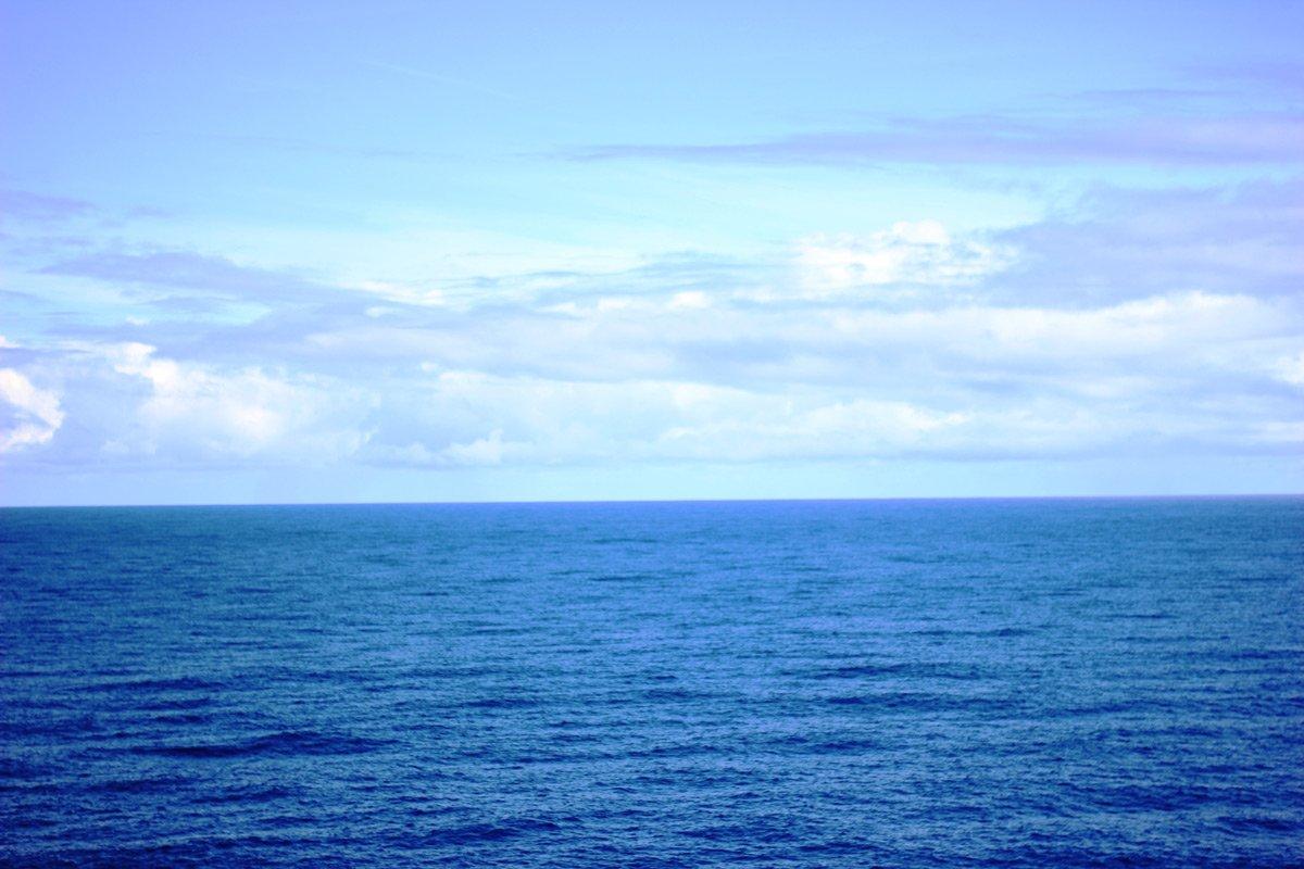 conny doll lifestyle: Meine Reise mit der Wohlfühlflotte auf der Mein Schiff 1 - Teil 2: Workshops und Dresscode, Meer so weit das Auge reicht