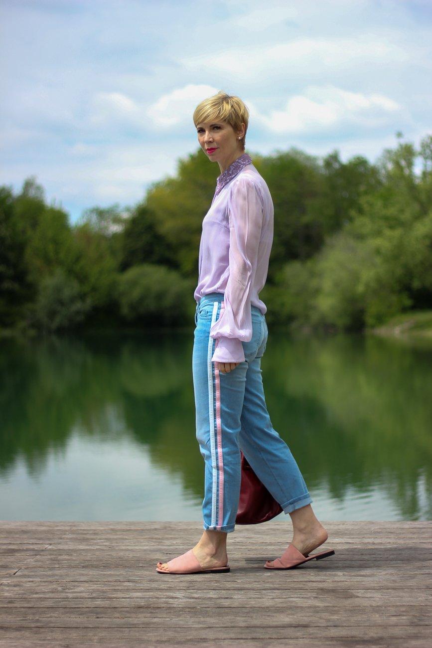 conny doll lifestyle: Selbstliebe - Schluss mit dem Relativieren - Jeans und Bluse,