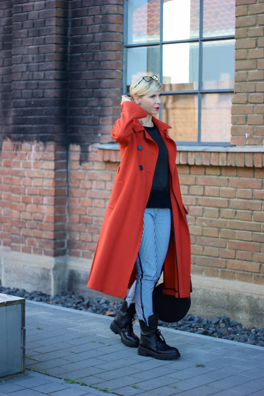 conny doll lifestyle: Herbststyling mit Pullunder