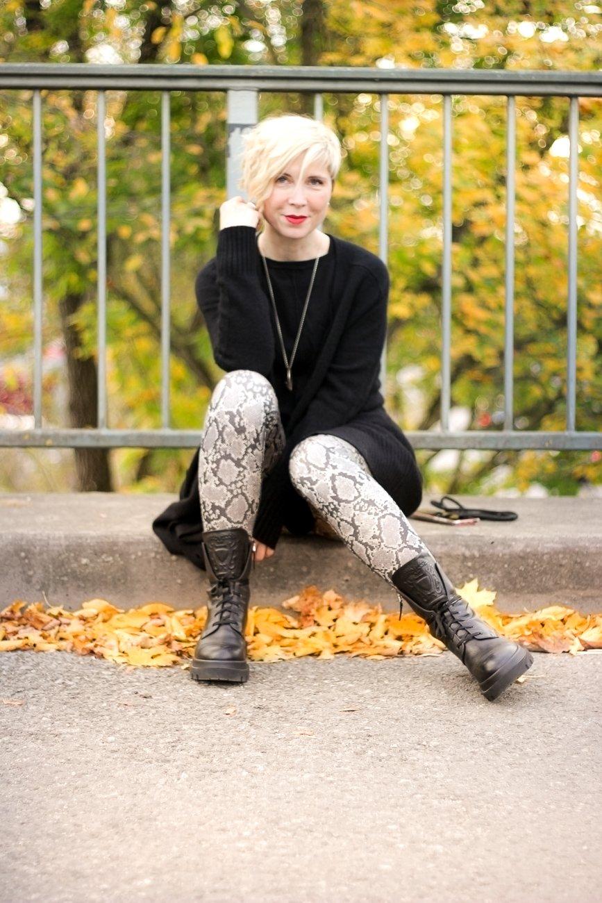 conny doll lifestyle: Nicht ohne meine lange Strickjacke - long cardigan für den Herbst