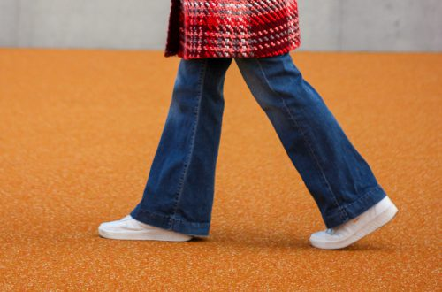 conny doll lifestyle: flared leg, hosenbein, denim, high waist vs. low waist