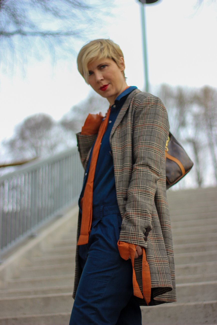 conny doll lifestyle: Outfitinspiration, Denim, Blazer, Boots