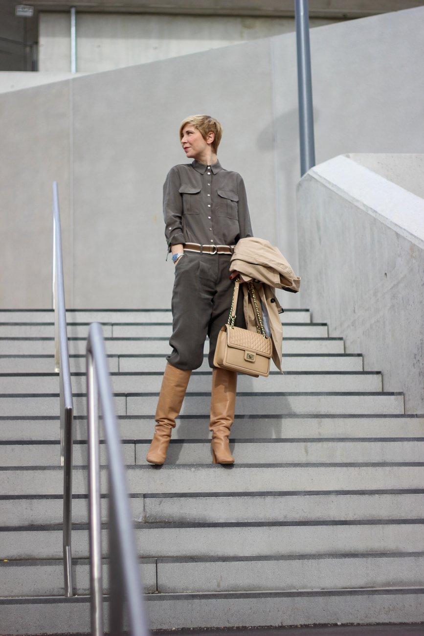conny doll lifestyle: TONI Fashion, Safarilook fürs Büro, Frühlingslook, Stiefel