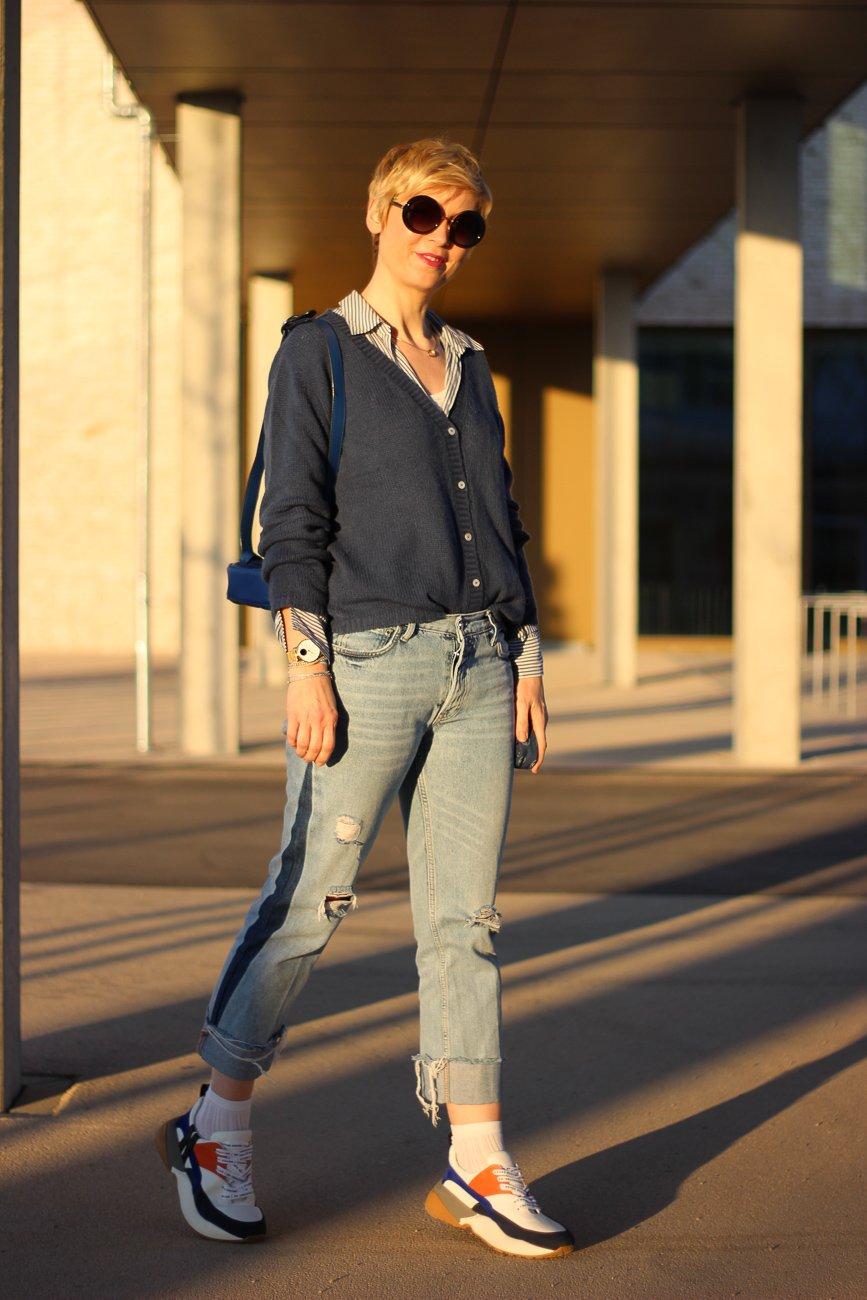 conny doll lifestyle: Cardigan, Ganzjahreskleidungsstück, neyo., blau, jeans,
