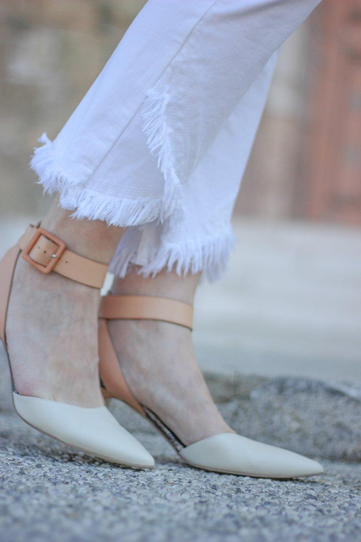conny doll lifestyle: weiße Hose, Heartwork Pants, Beinabschluss, raffiniert, Frühlings, Sommerlook