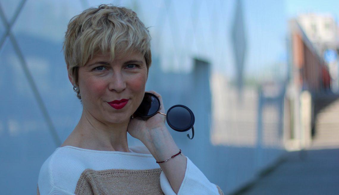 conny doll lifestyle: Gold und Silber, Mix, easy-chic, TONI-Fashion, Beitrag über Corona