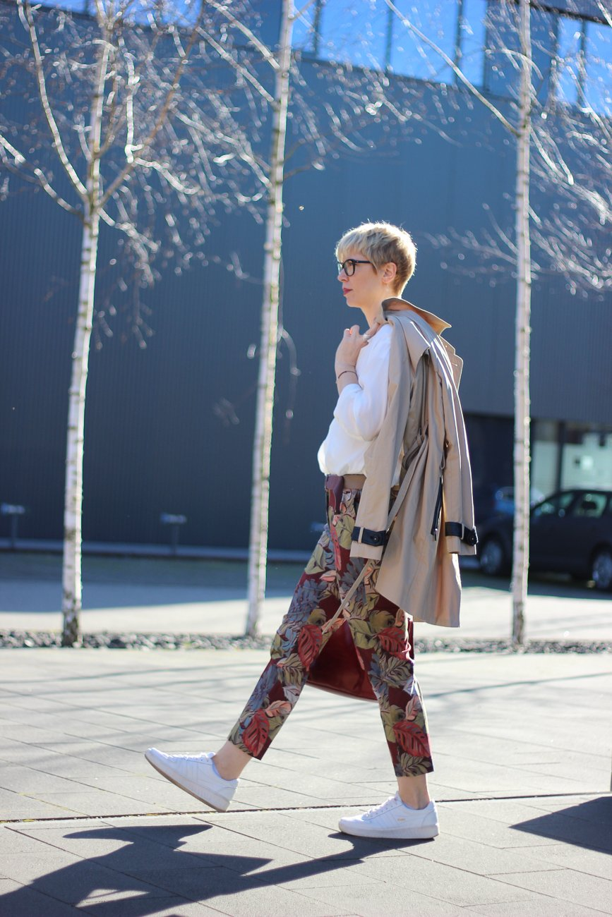conny doll lifestyle: easy chic von TONI Fashion, leichter, unkomplizierter Frühjahrslook