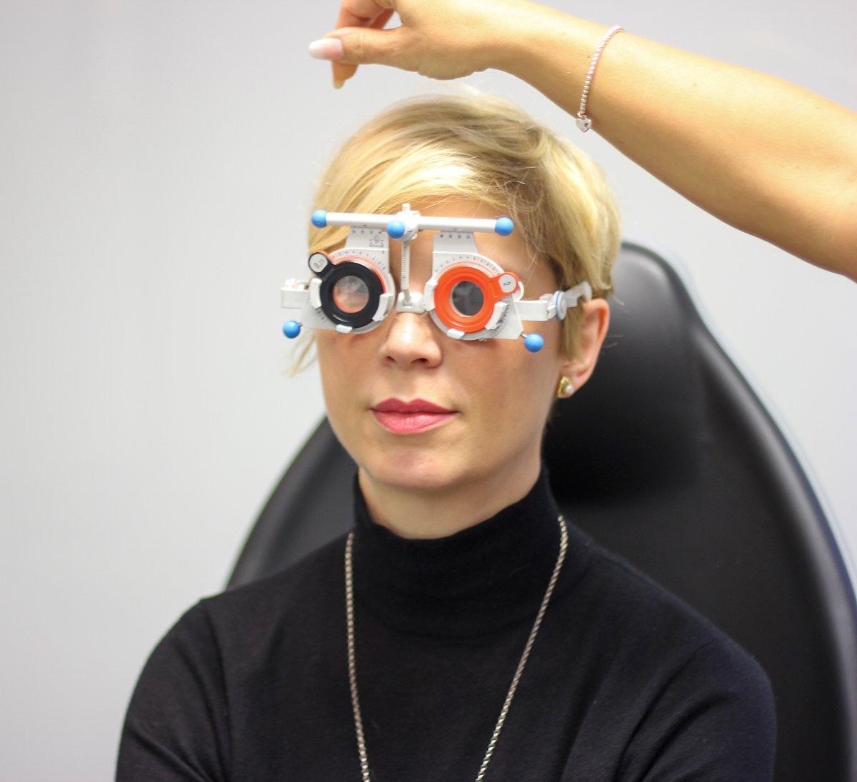 Brillenanpassung: Meine Erfahrungen mit einer biometrischen Gleitsichtbrille von Rodenstock und den DNEyeScanner für die Präzisionsbrille.