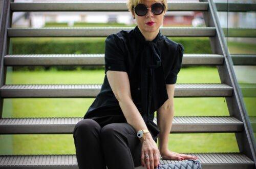 conny doll lifestyle: Hose mit Schlitz am Bein - ein Trend der letzten Sommersaison