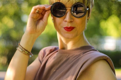 conny-doll-lifestyle: Schulterpolster: Padded Shoulder Shirt der Trend des Sommers