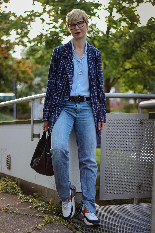 conny doll lifestyle: Blazer eine perfekte Übergangsjacke - vielseitig und cool