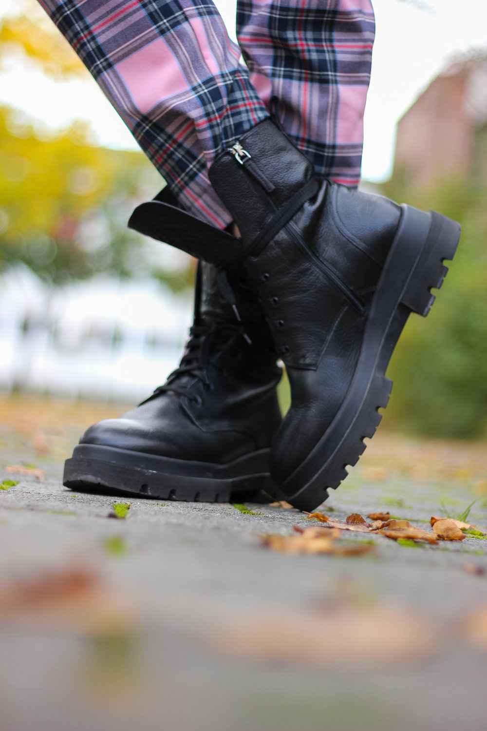 conny doll lifestyle: Combatboots, Herbstlook, Paloma Barcelo