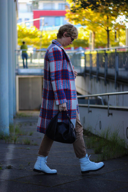 conny doll lifestyle: Herbstlook: Der Mantel sehr erwachsen und angesagt wie nie