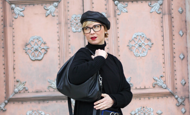 conny doll lifestyle: Herbstlook 2020, Rollkragen, Kopfbedeckung, Baskenmütze